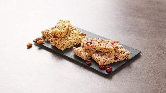 Barrette proteiche fatte in casa per la colazione | Snacks salutari per l'home office