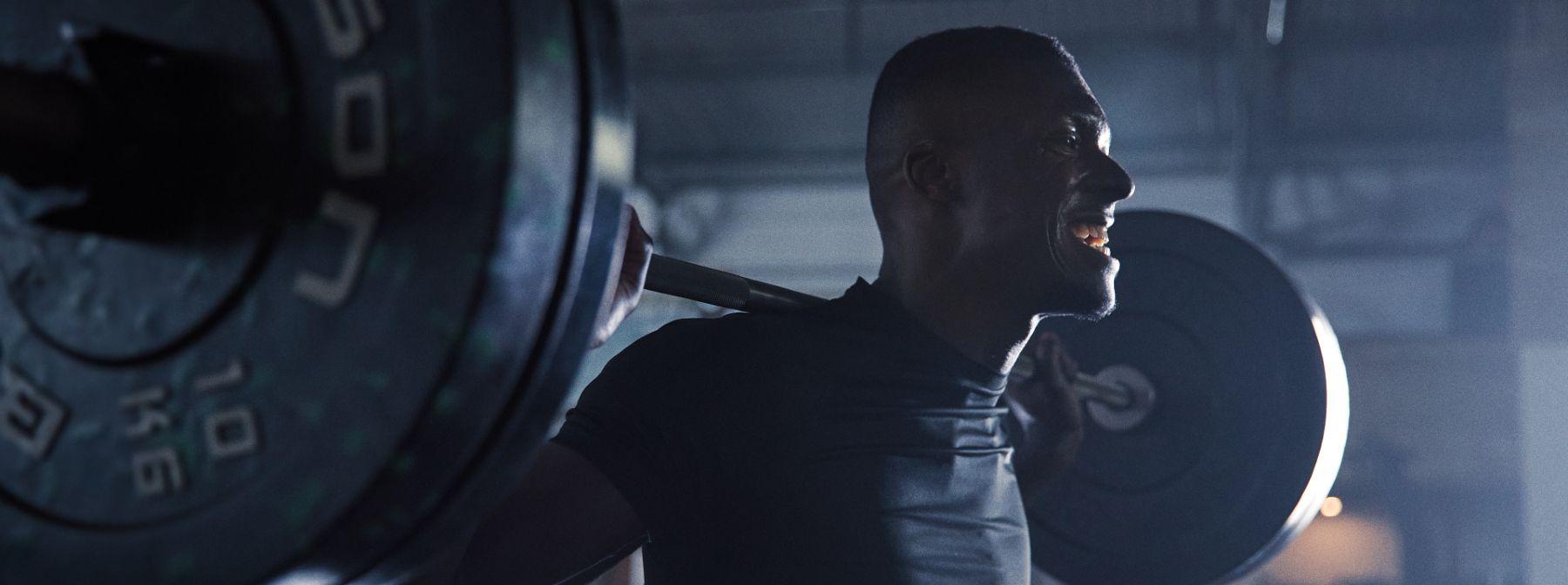 Esercizi per principianti: 17 esercizi a corpo libero e non