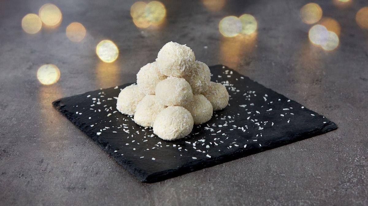 Bolas de Neve Proteicas de Chocolate Branco