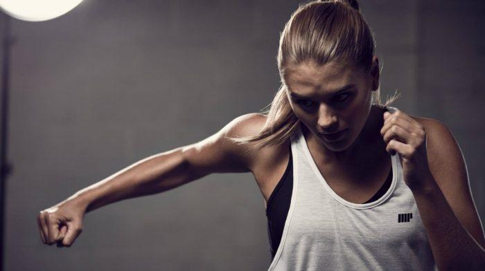 Sete Melhores Exercícios De Peito Para Mulheres: Em Casa E No Ginásio