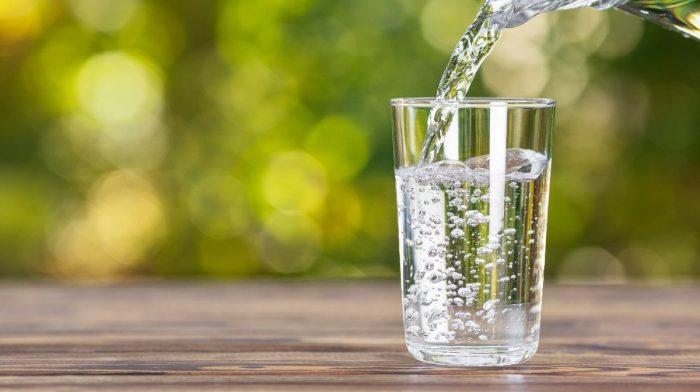Hoeveel water moet ik per dag drinken?