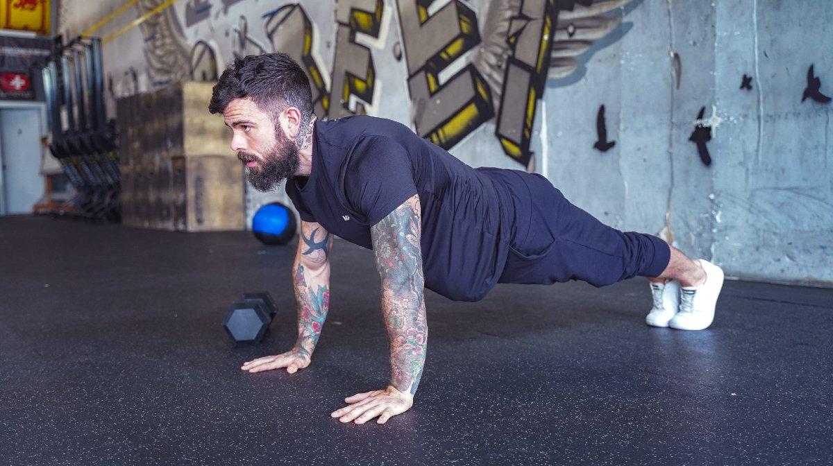 Battle Cancer's 9-Minute Functional Fitness Workout Die Je Overal Kunt Doen