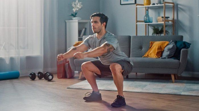 3 lichaamsgewichttrainingen om spieren op te bouwen | 15 oefeningen voor thuis