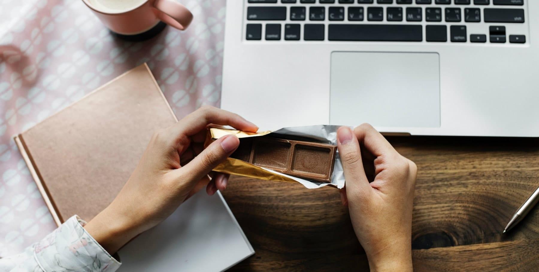 5 simpele manieren om je gezonder te voelen na het eten van al die chocolade paaseitjes