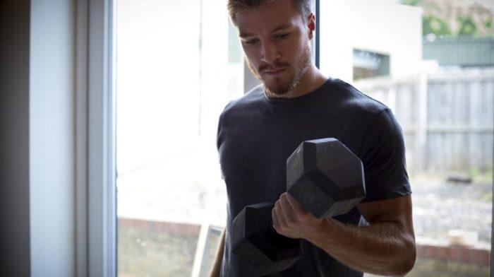 Top 12 krachttraining oefeningen voor thuis