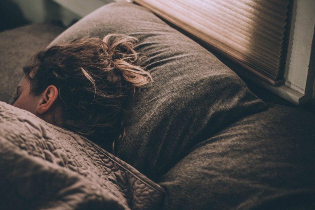 Onrustige nachten? Hoe je je slaap kunt verbeteren tijdens de lockdown
