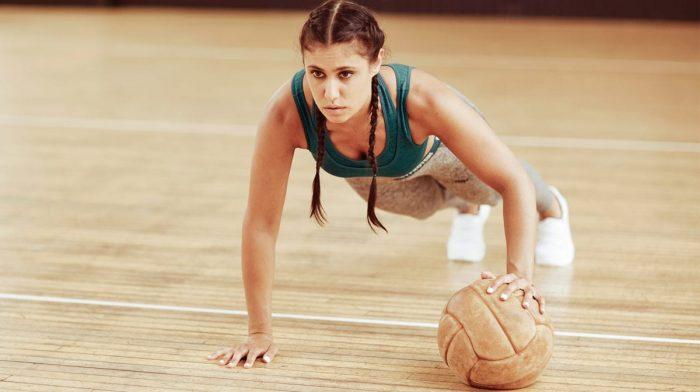 Hoe doe je een push-up? | Vorm, techniek en met gewichten