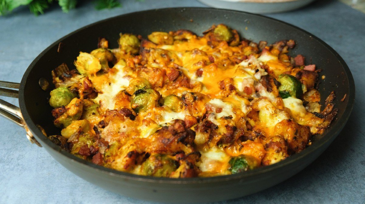 Cheesy Sprout & Pancetta bake