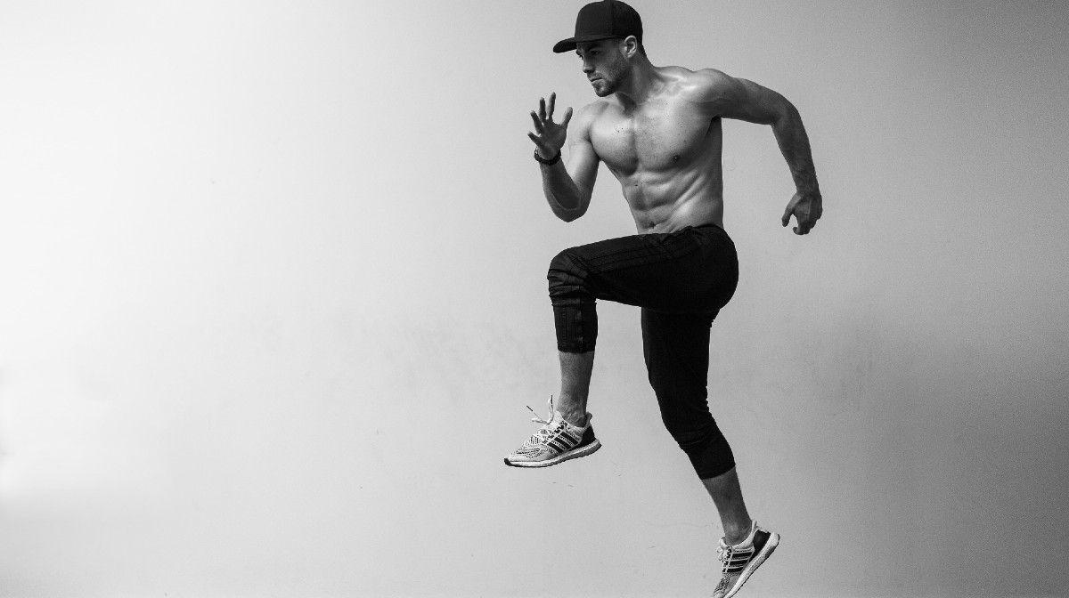 Kun jij deze full-body kettlebell-workout van Bradley Simmonds aan?