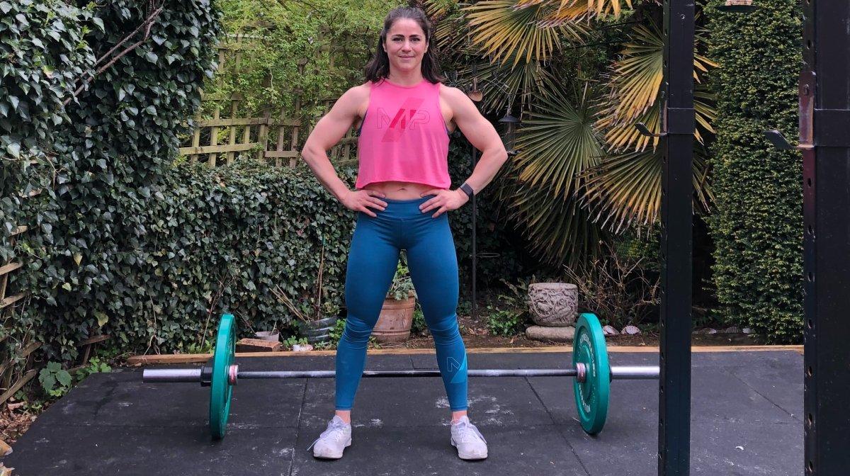 Bouw explosieve kracht & power op met de functionele fitnesstraining van Emelye Dwyer