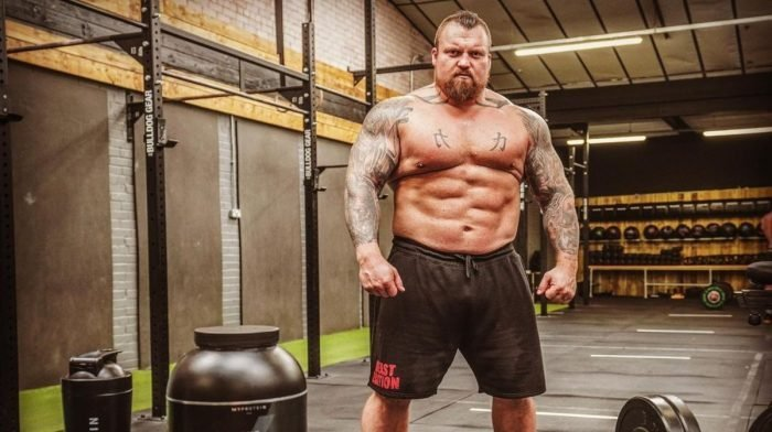 How To Deadlift Like The Beast | Eddie Hall's 3 Top Tips