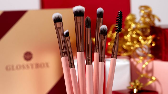 Makeup Brush Hacks for the Holidays