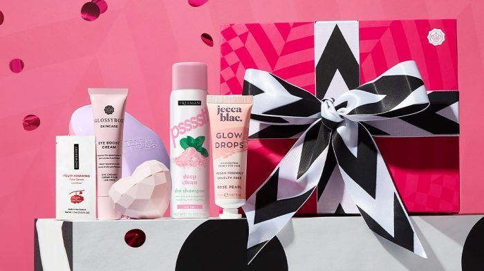 What's Inside the August GLOSSYBOX