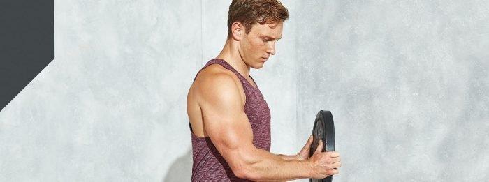 A 6 legjobb bicepsz és tricepsz építő gyakorlat | Tippekkel és videókkal