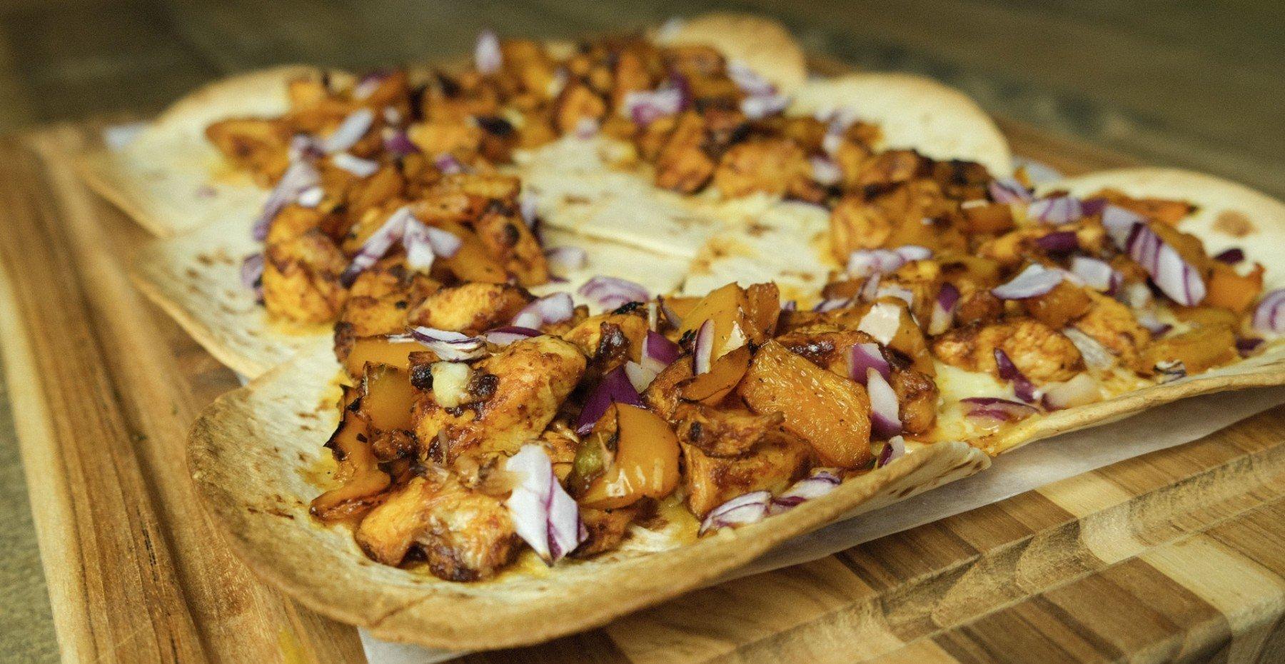 Egyszerű BBQ csirkés taco recept