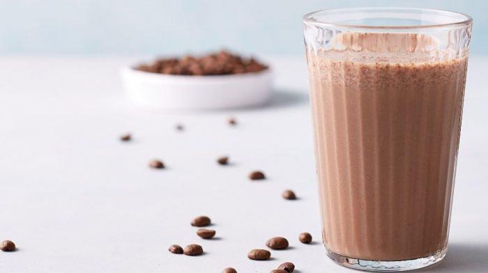 Csokis-kávés reggeli fehérje turmix