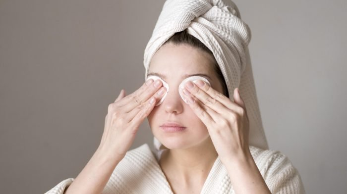 10 Of The Best Eye Makeup Removers