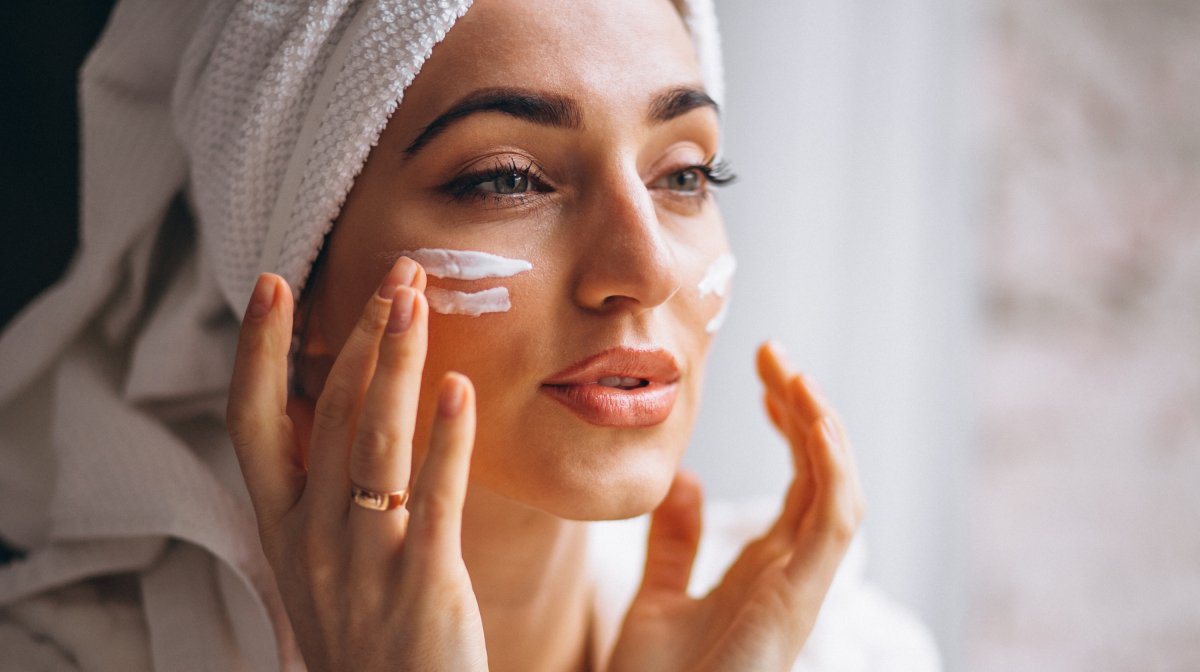 How To Apply Skincare Correctly
