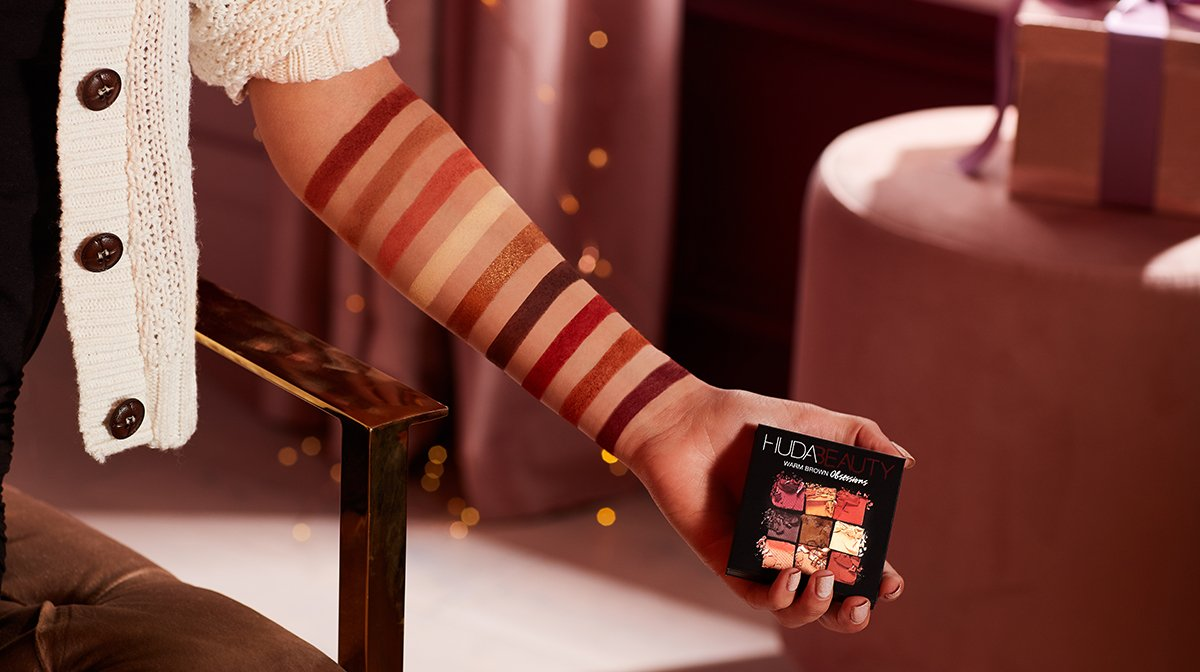 Christmas Limited: HUDA Warm Brown Obsessions Palette