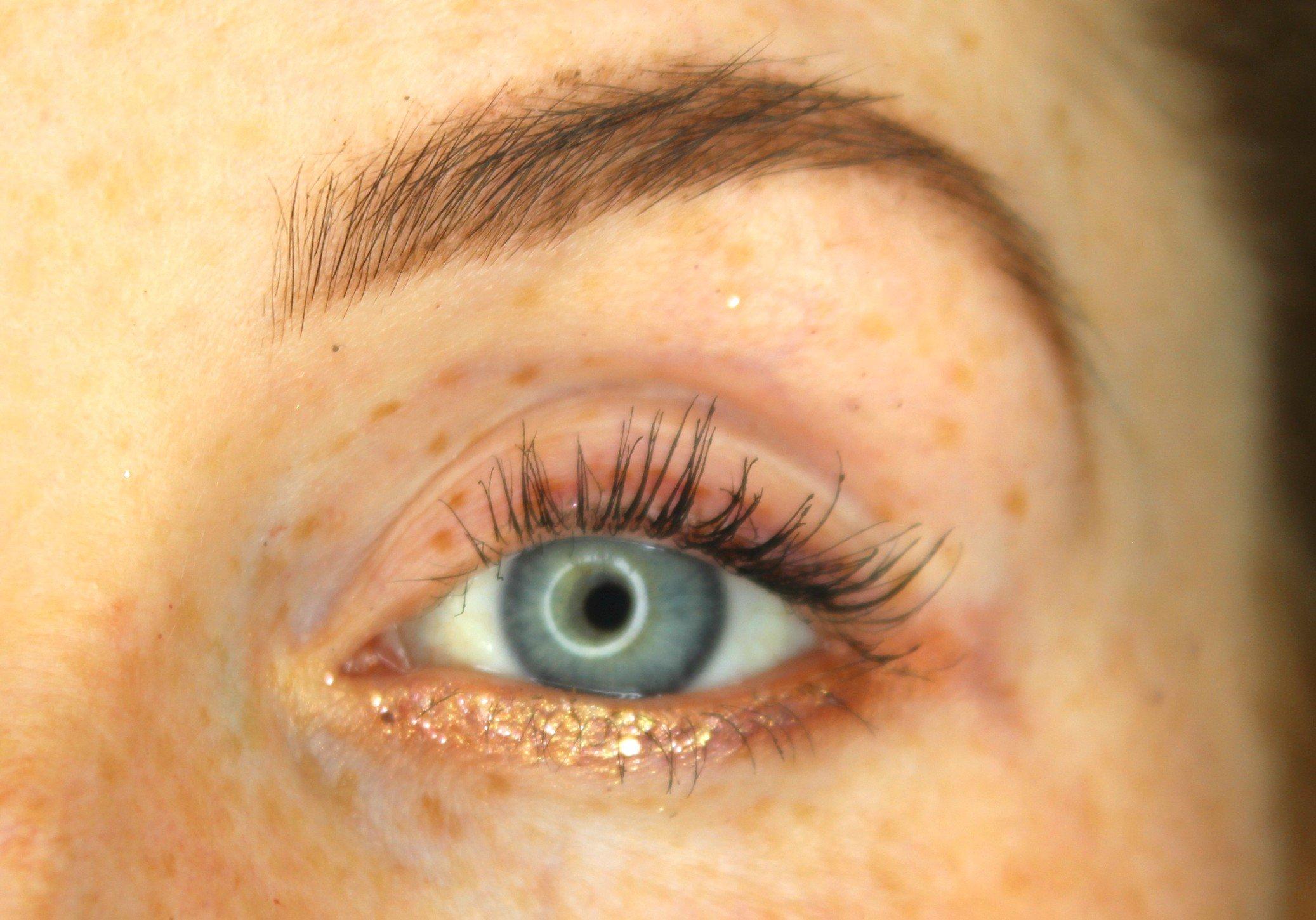 original glitter eyeliner look