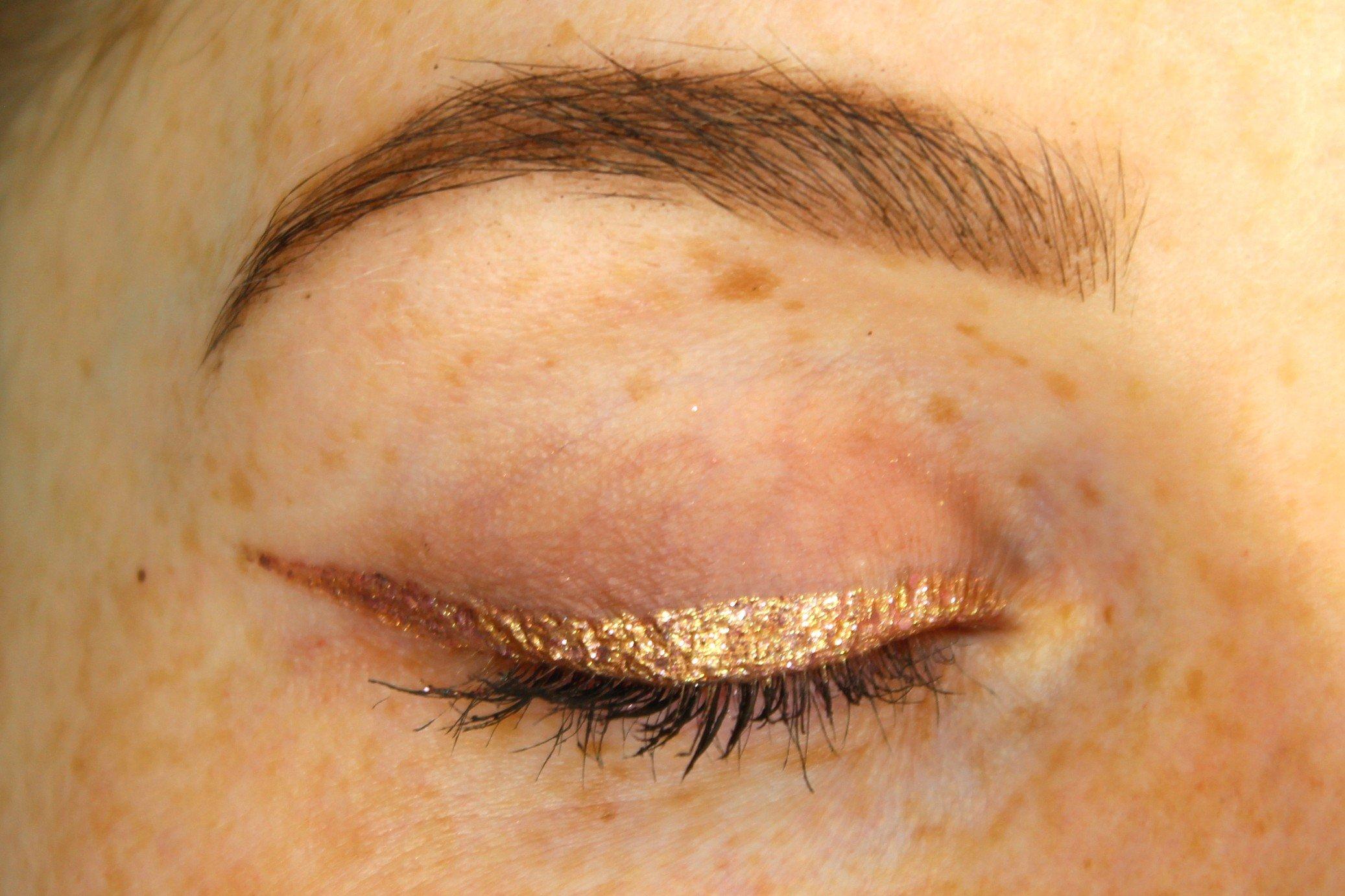 winged glitter eyeliner