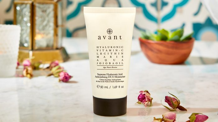 The Avant Moisturiser Restores Natural Radiance