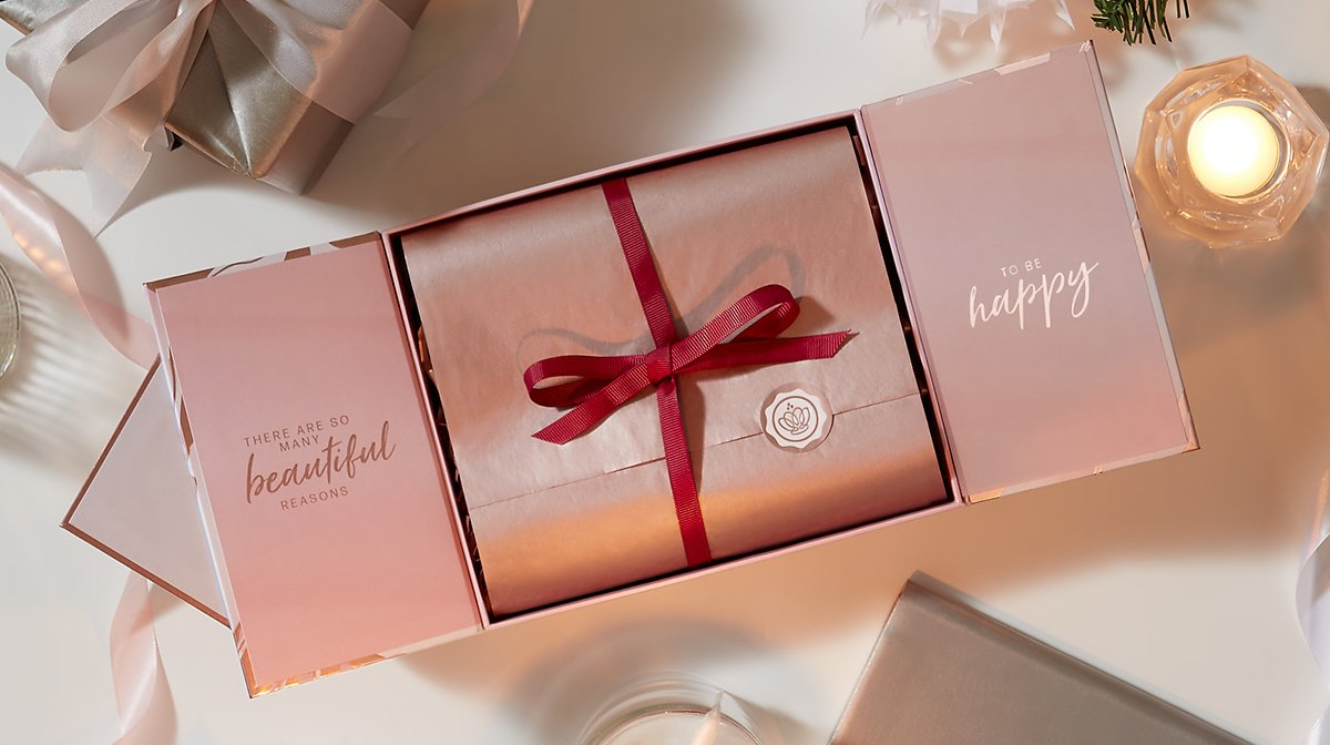 glossybox-christmas-limited-2020