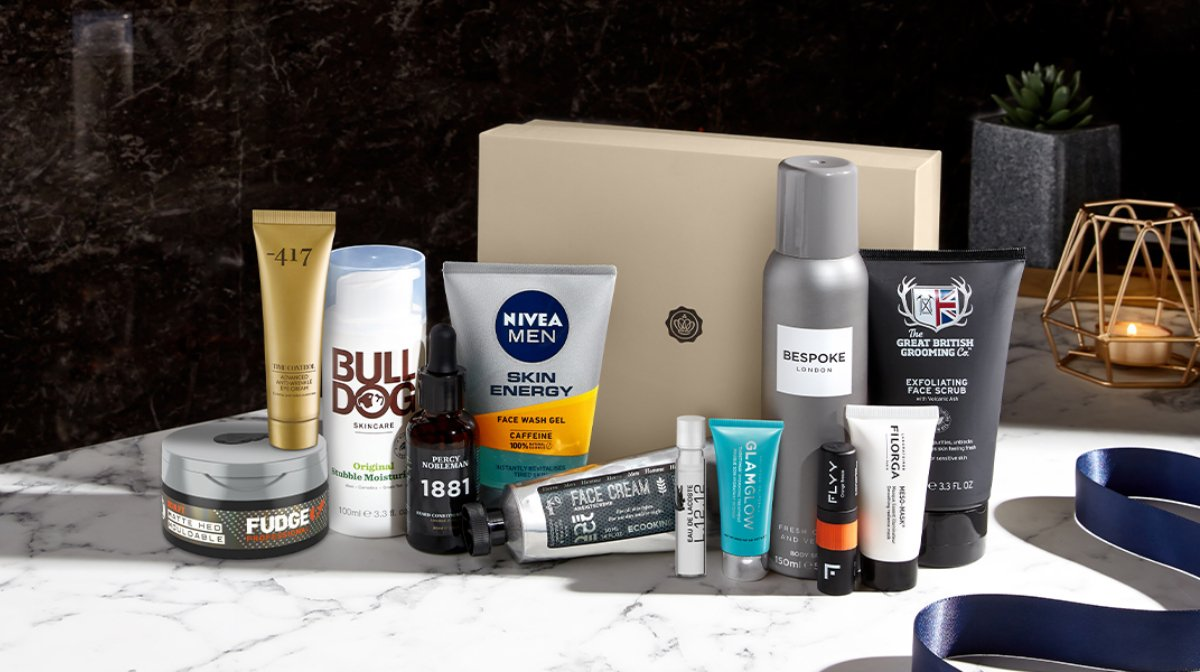 Perfect For Valentine's: AllTheProducts Inside Our Feb Grooming Kit!