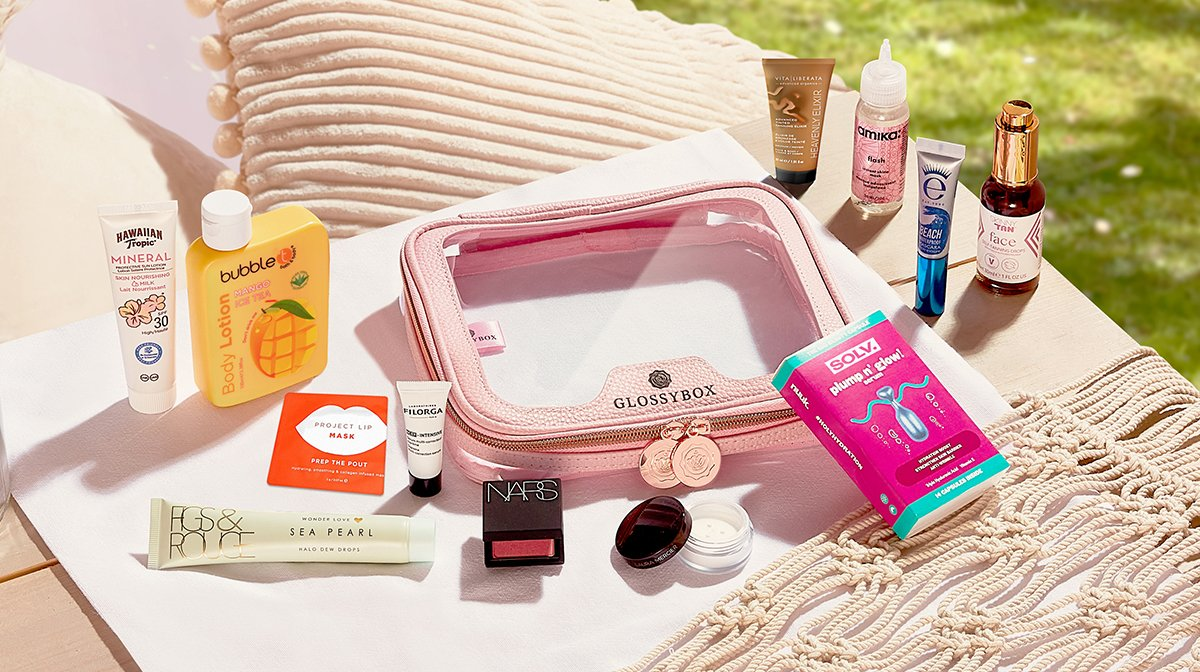 glossybox-summer-bag-limited-edition-june-2021