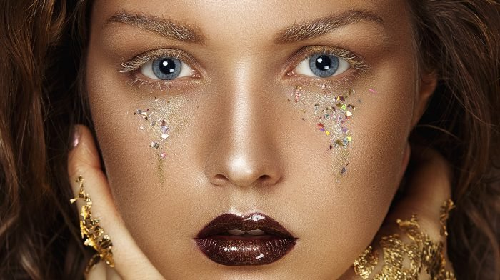 GLOSSY Inspo: Bezaubernde Make-up-Looks und Styles in der Trendfarbe Gold