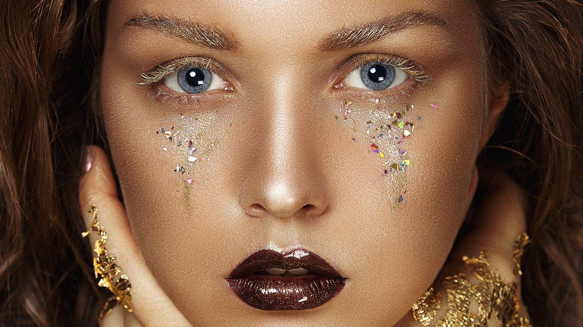 GLOSSY Inspo: Bezaubernde Make-up-Looks und Styles in der Trendfarbe Gold