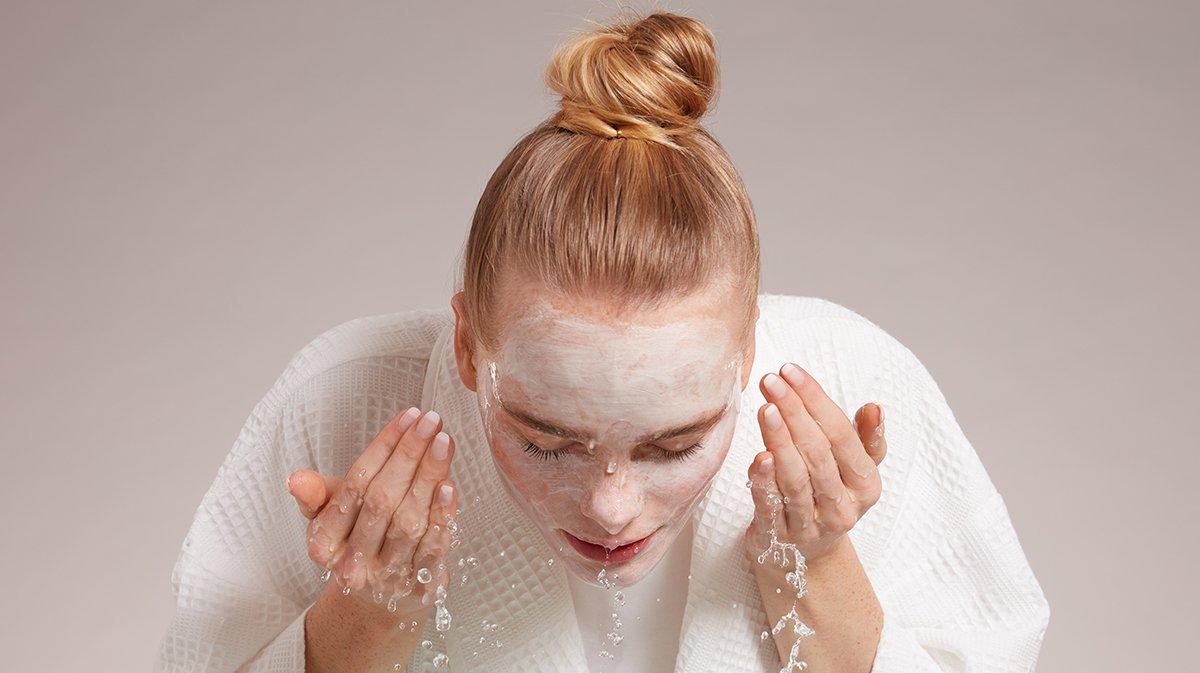 Sneak-Peek-GLOSSYBOX-Januar-Schlafmaske