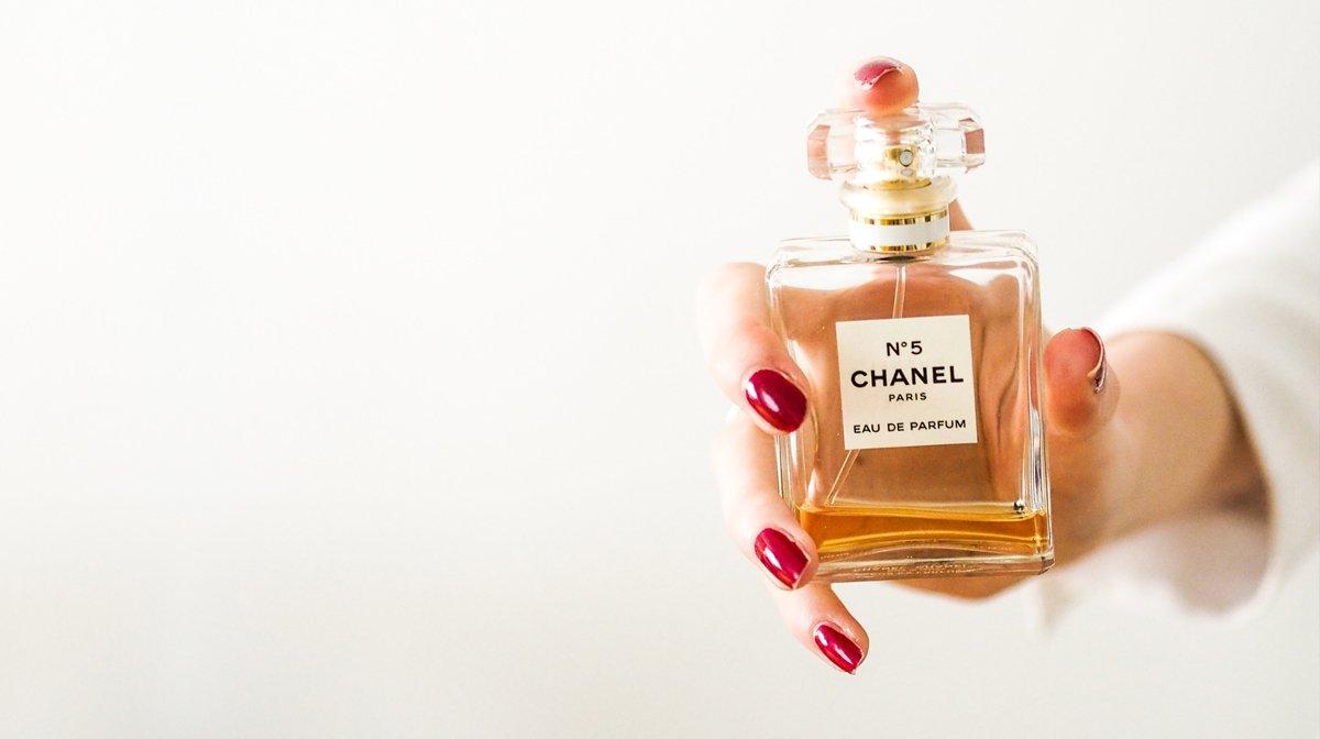 Neuer Frühlingsduft? Bezahle dein Parfum mit deinen GLOSSY Credits!