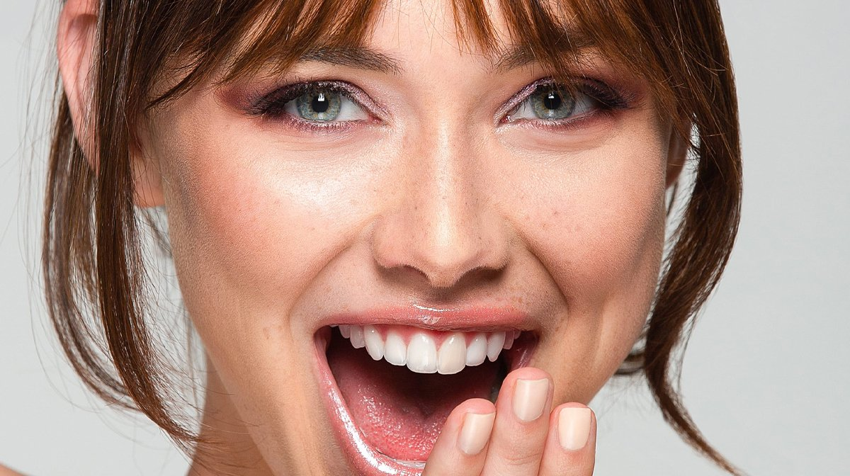 highlighter-auftragen-glossybox-tutorial-palette-junibox