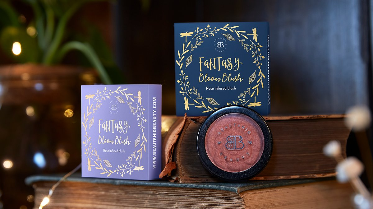 glossybox-oktober-beauty-tales-2020-sneak-peek-blush