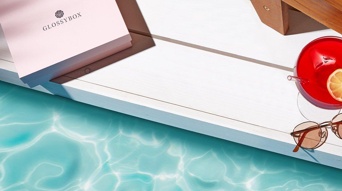 GLOSSYBOX im Juni: Hier kommt deine Beauty-Erfrischung