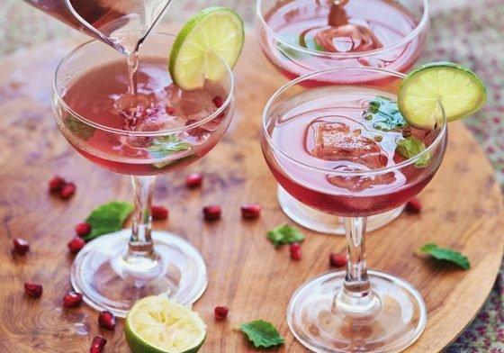 Glossy Delicious: Granatapfel-Pfeffer-Mocktail für deine Sommerparty
