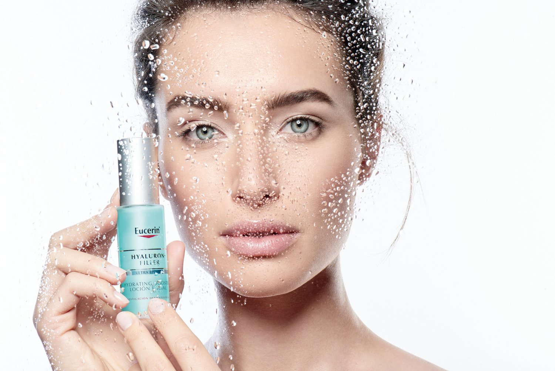 Ge din hud intensiv fukt & glow med Moisture Booster