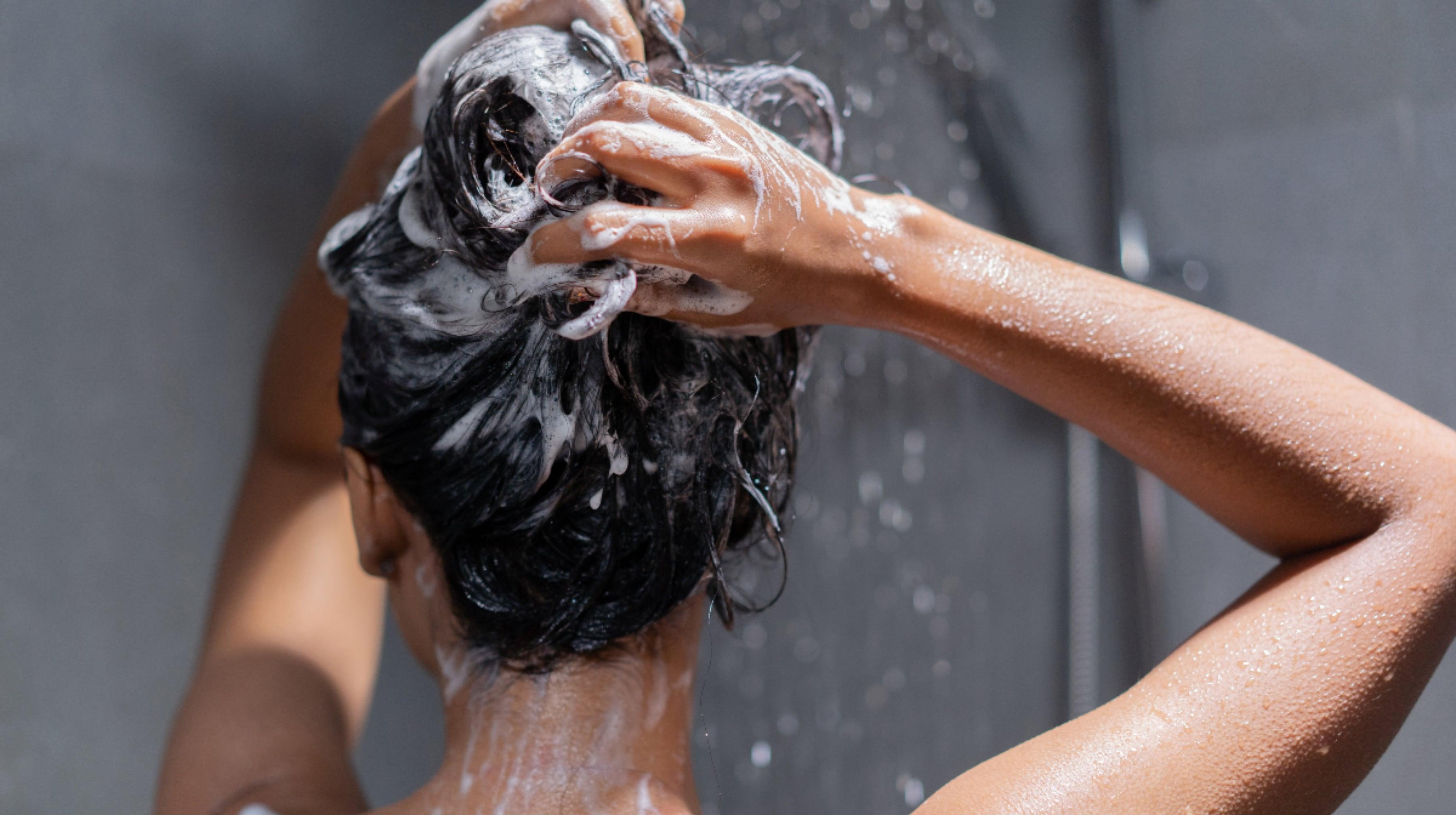 Tvätta rätt: 5 tips för bättre schamponering