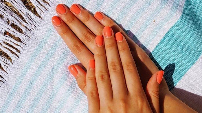 Enkla knepet som gör att du slipper brun utan sol-fläckar på händer och fötter