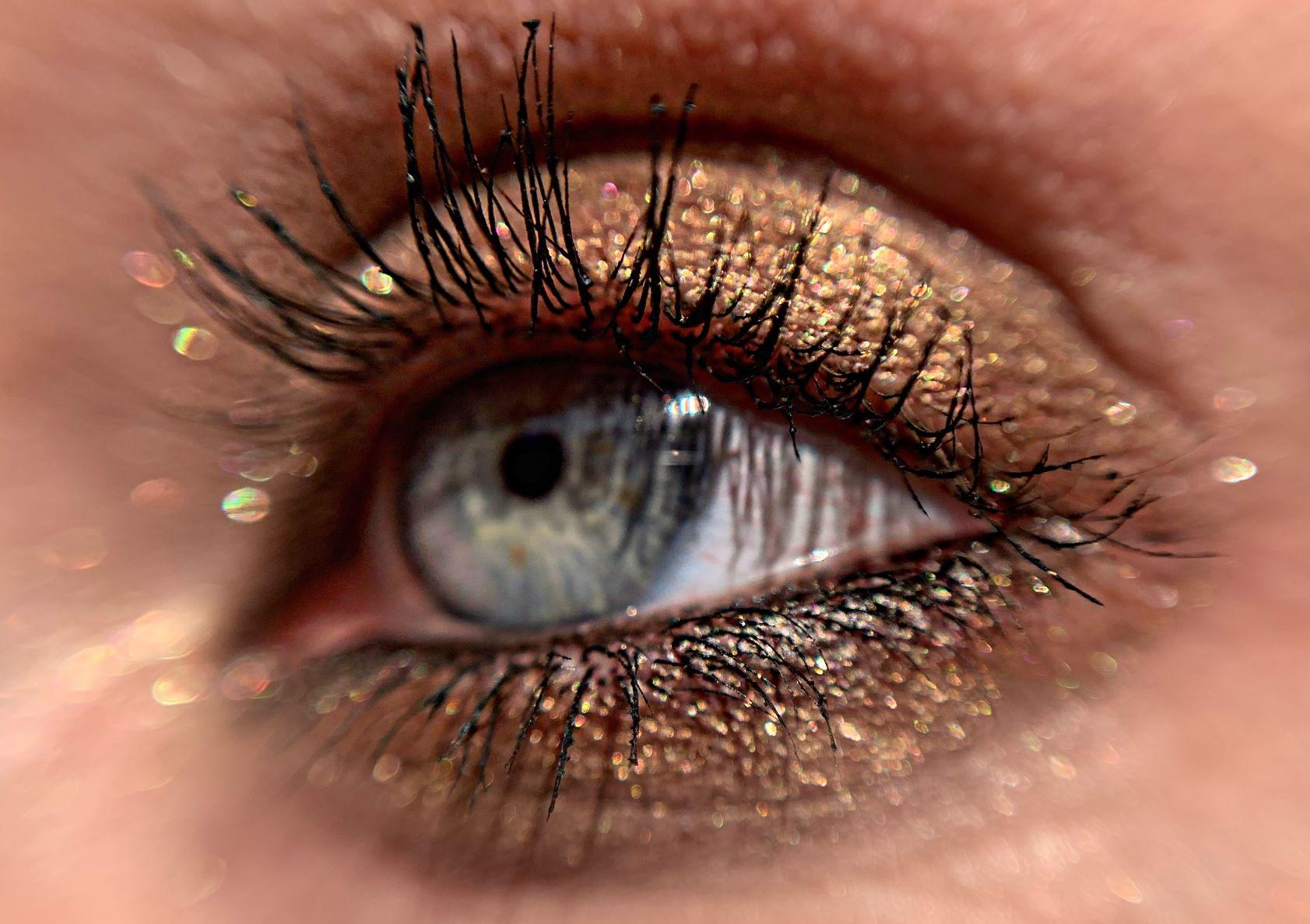 Pure Pigment, Furore glitter makeup