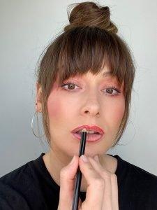 Red Lipstick liner