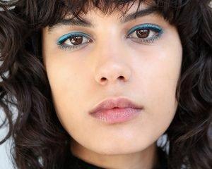 Double eyeliner look on model