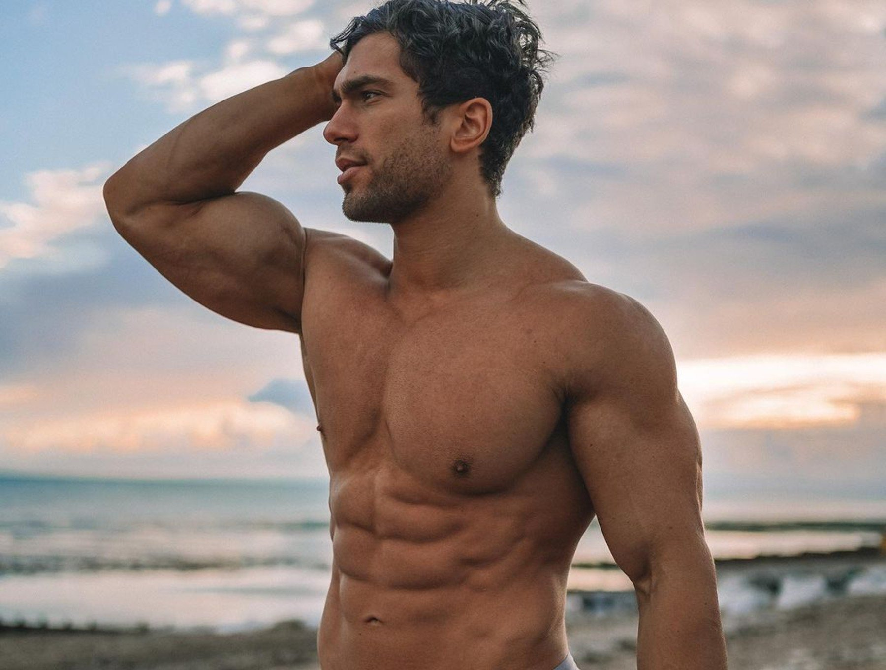 Workout With Marino Katsouris | Innovative Ab Workout You Can Do Anywhere