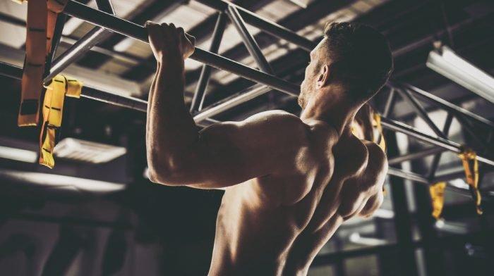 9个有效训练背部的锻炼动作