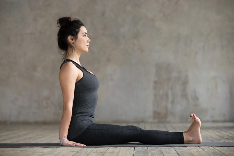 瑜伽 手杖式