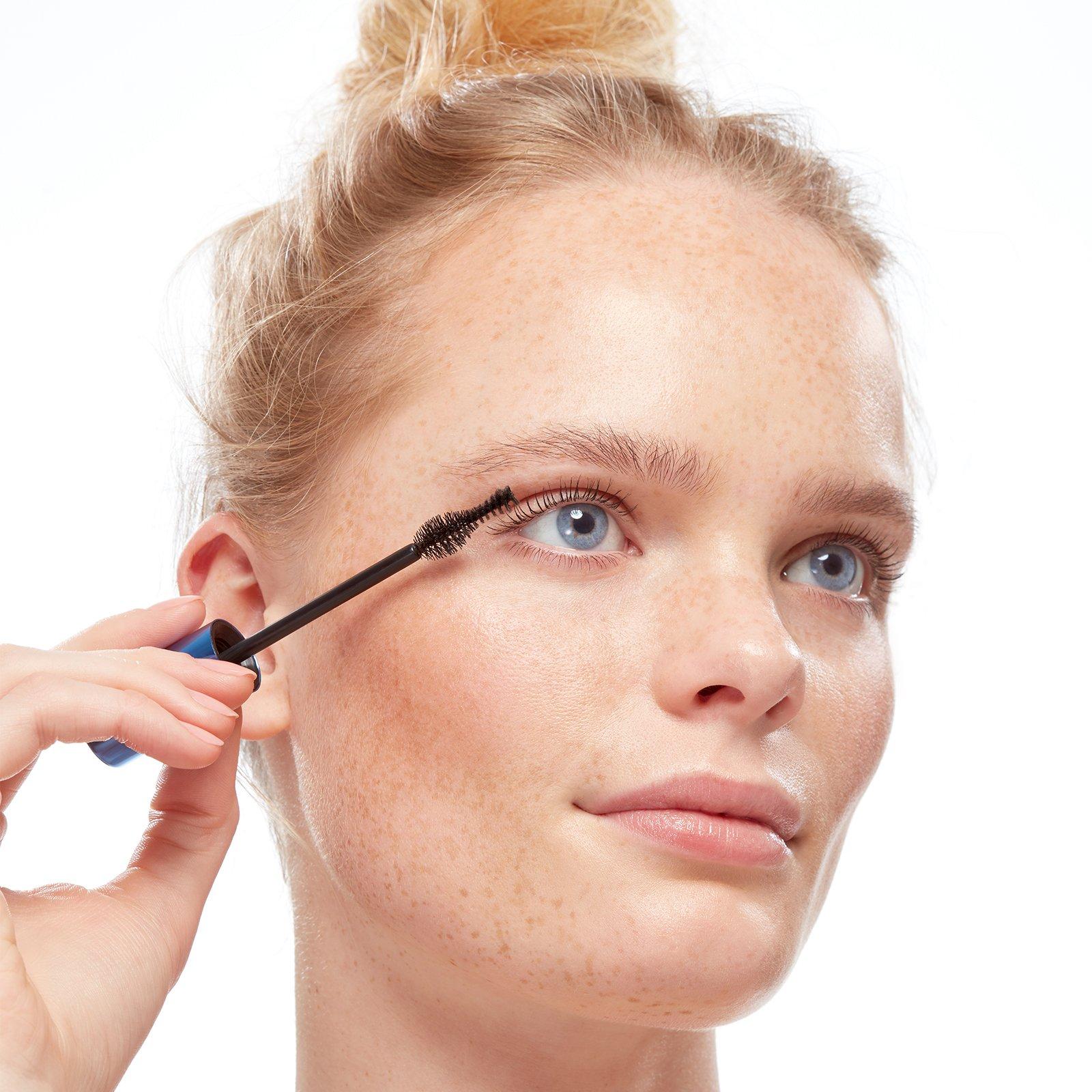Eyeko yoga waterproof mascara that won't smudge