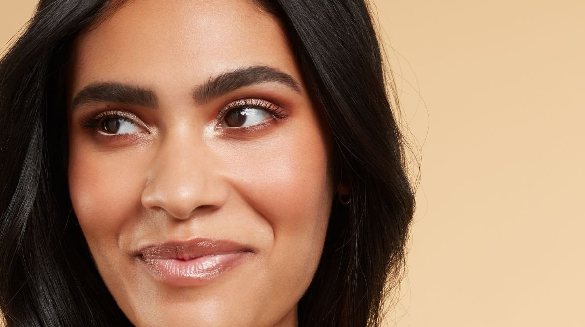 Eye contour makeup is the latest (and easiest) beauty trend