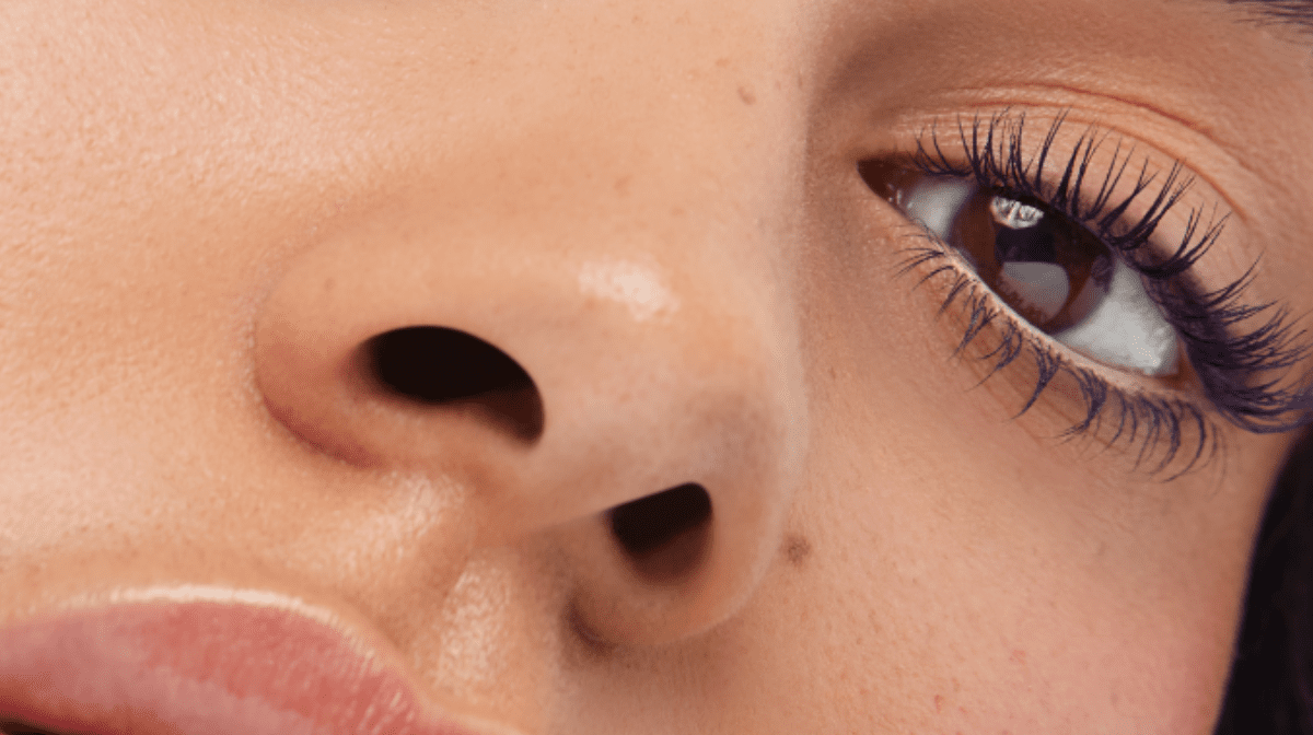 Why wear colored mascara?