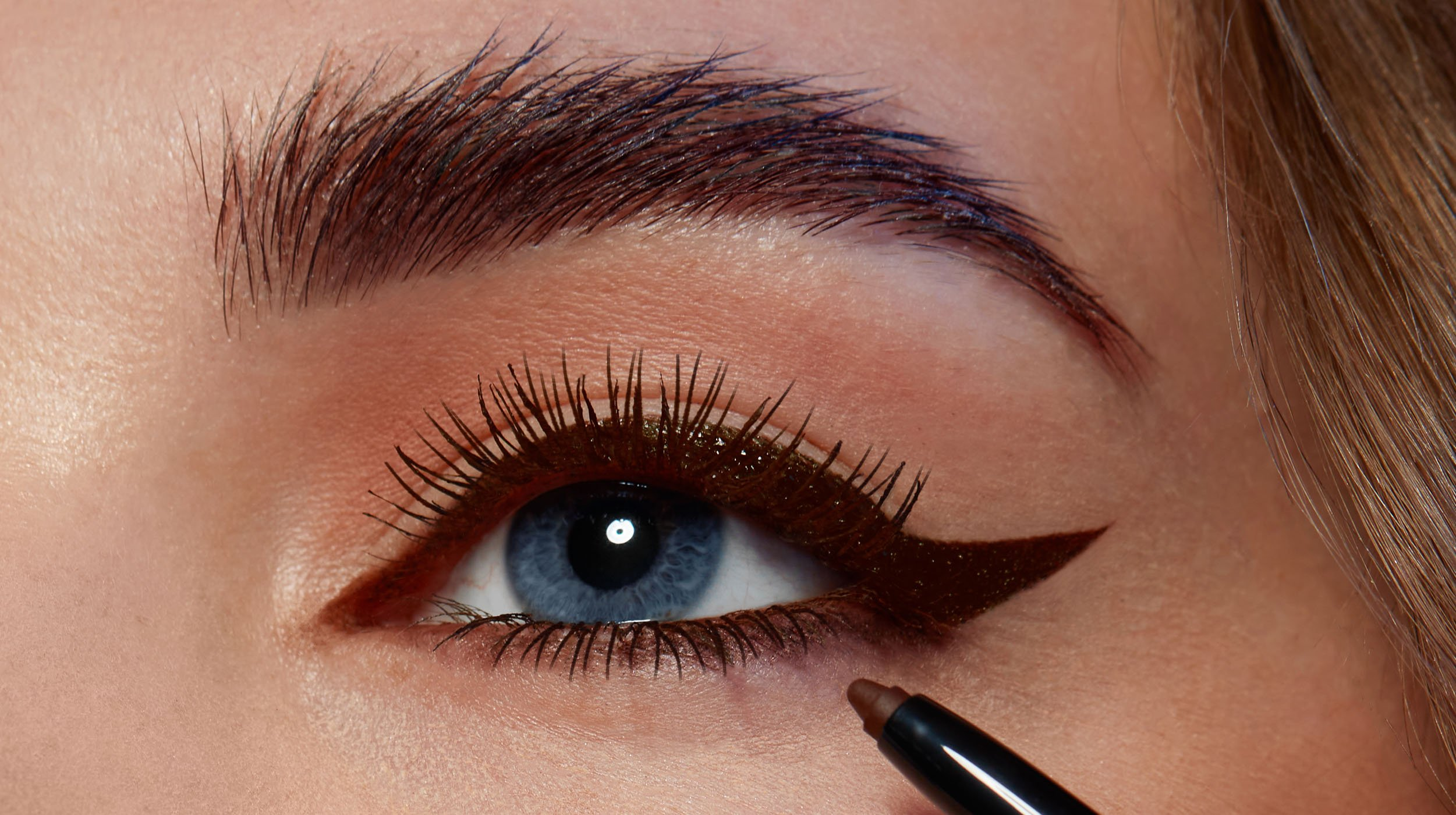 black magic cocoa edit pencil eyeliner